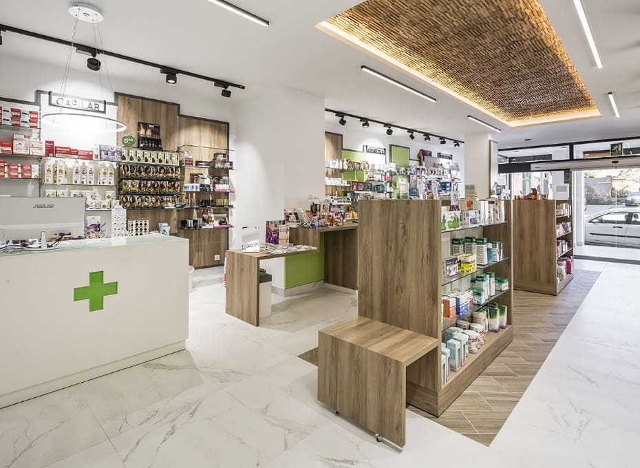 renovacion interior Farmacia
